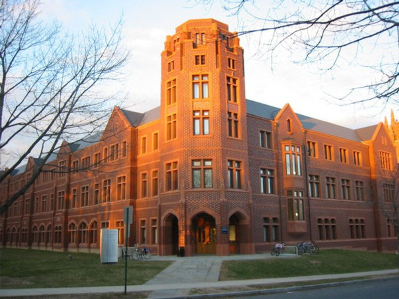 11.    Yale University