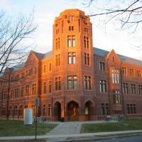 9. Yale University